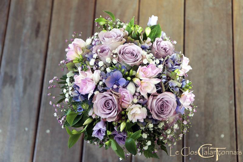 bouquet-de mariée-rose-parme-et-hortensia-bleu