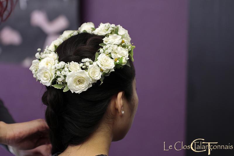 couronnes-de-fleurs-en-roses-gypsophile-et lierre