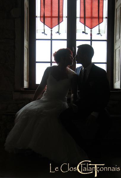 photo-de mariage-contre-jour-romantique
